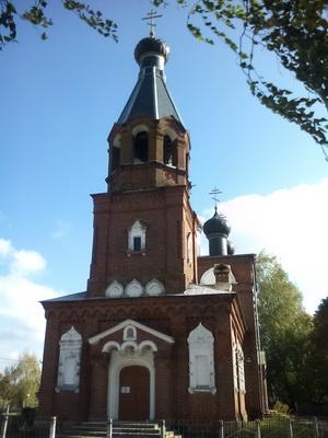 svyato-nikolskii-hram-telusha